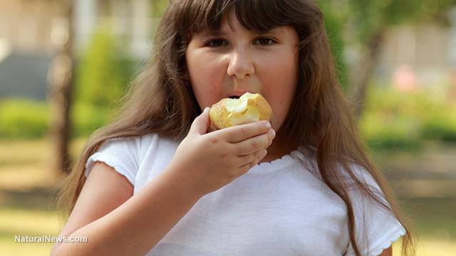 Overweight-Child-Eating-Apple.jpg
