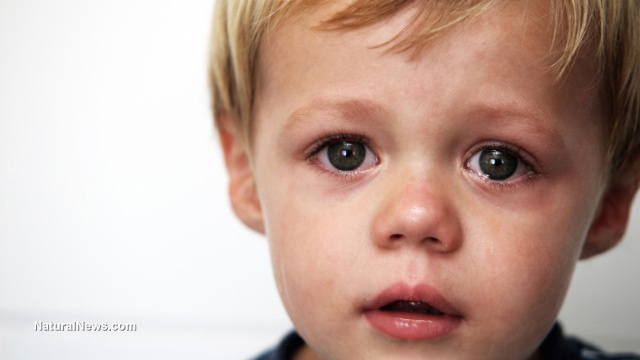 little boy crying The most enduring story claimed the crying boy accidentally set fire to the studio of the artist who had painted him the child's parents had also been killed in a blaze wherever the little orphan went fires mysteriously followed, earning him the nickname diablo or devil.