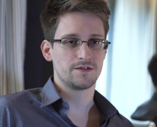 http://www.naturalnews.com/gallery/articles/Edward-Snowden-NSA-spy-scandal.jpg
