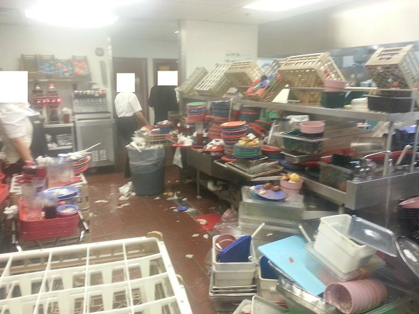 Shocking photos and video shows Golden Corral more disgusting than a cow feedlot Golden Corral dishes 3 600