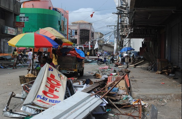 With 10,000 now believed dead, yet another typhoon bears down on devastated Philippines Philippines Typhoon Devastation 7