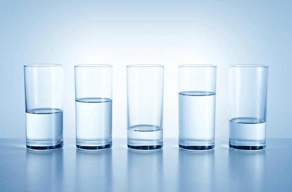 Image: Former US Ambassador demands hearings to abolish water fluoridation