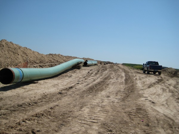 Image: Trump advances two energy infrastructure projects: Keystone XL and the Dakota Access pipelines… can he balance infrastructure with environmental protection, too?
