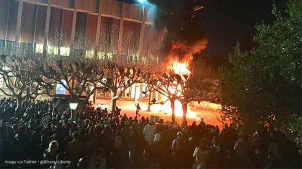 Image: Campus rioting egged on by journo-terrorists in the mainstream media