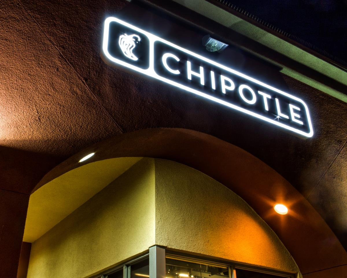 Image: Chipotle has officially eliminated all artificial ingredients from its menu