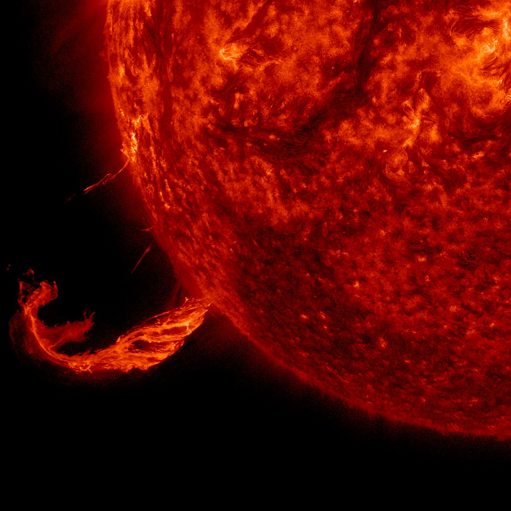 "Image: Beyond ""grid down"" – Solar flares can also disrupt railway signaling systems and underground conduit pipes"