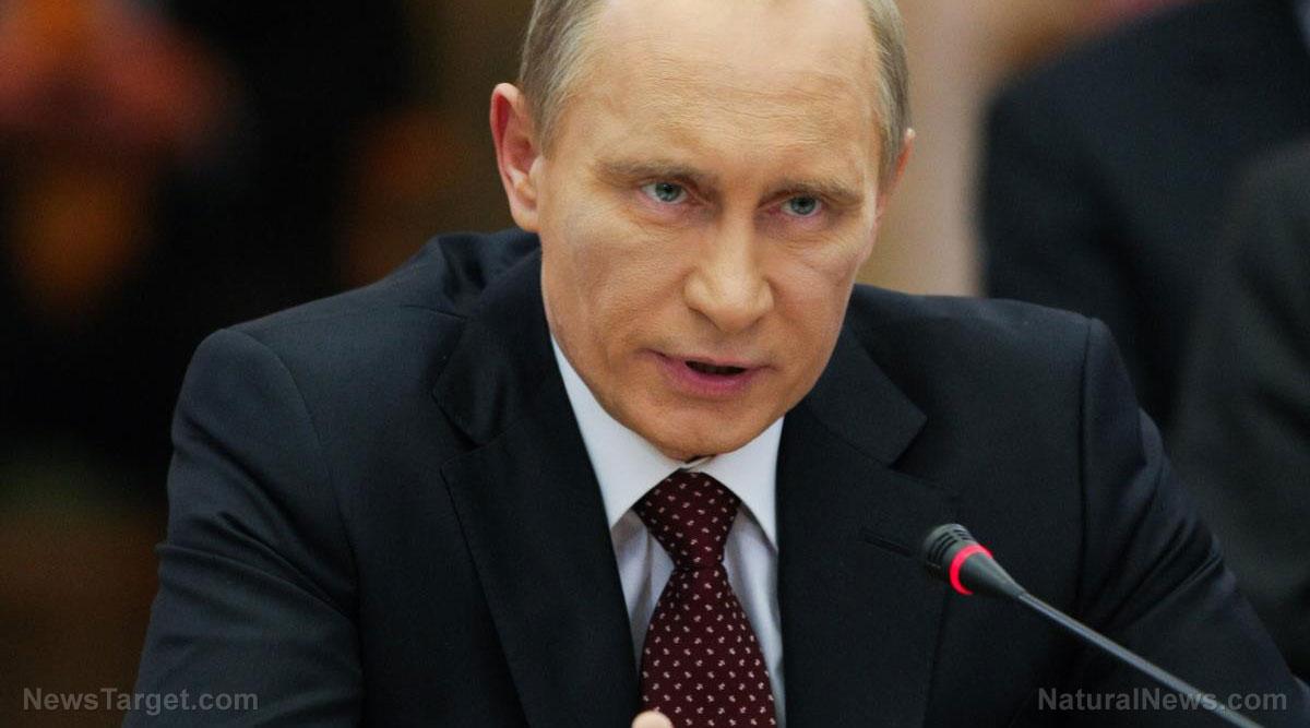 Russia Preparing Pre-Emptive Nuclear Strike on America, Warns Paul Craig Roberts