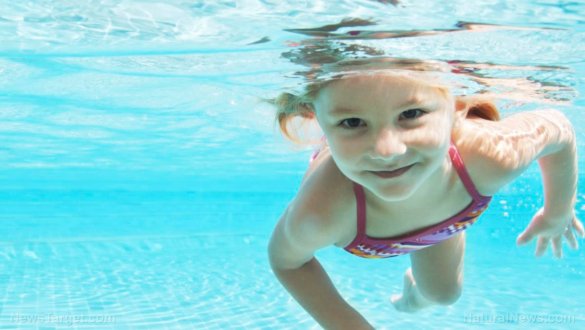 Child-Girl-Swim-Underwater-Pool.jpg