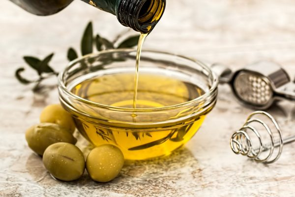 Image: Olive oil nutrient found to HALT brain cancer cells in their tracks