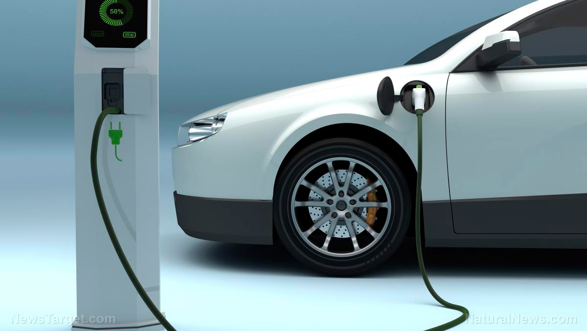 "Image: Researchers develop method of boosting ""ultracapacitors"" for extra fast charging times on all electronic devices"