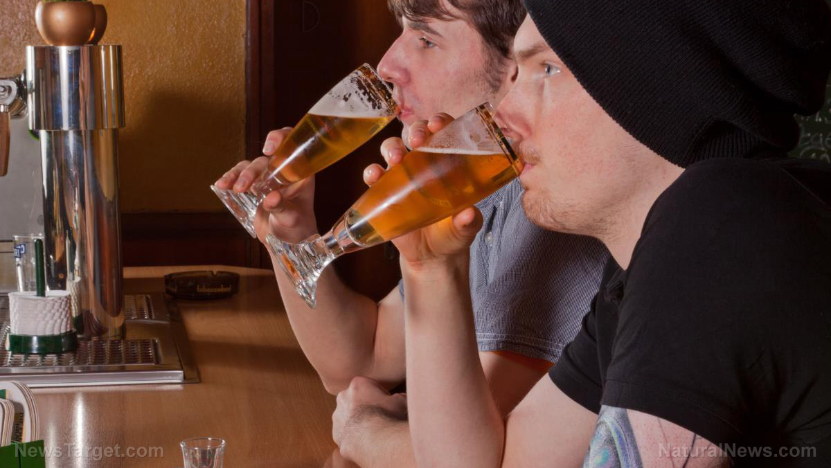 Image: A beer or two – but no more: Study finds drinking more than 10g per day compromises cognitive function