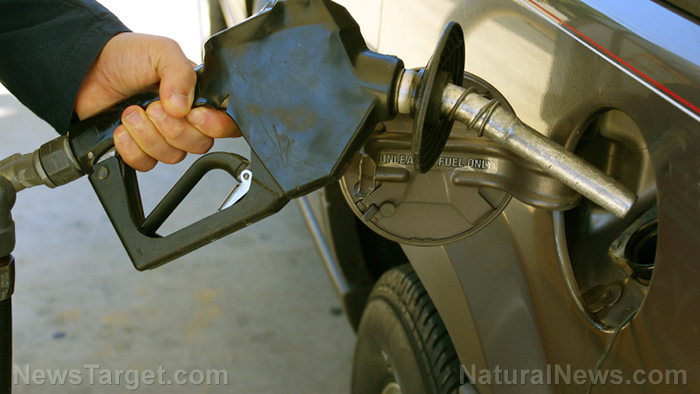 Image: Did you know that left-leaning Oregon thinks its citizens are so stupid that it's ILLEGAL to pump your own gas?