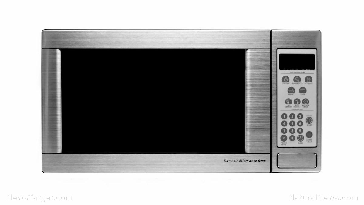 Image: Help your health AND the environment when you ditch your microwave: Use of the ovens across Europe emits as much CO2 as 7 million cars
