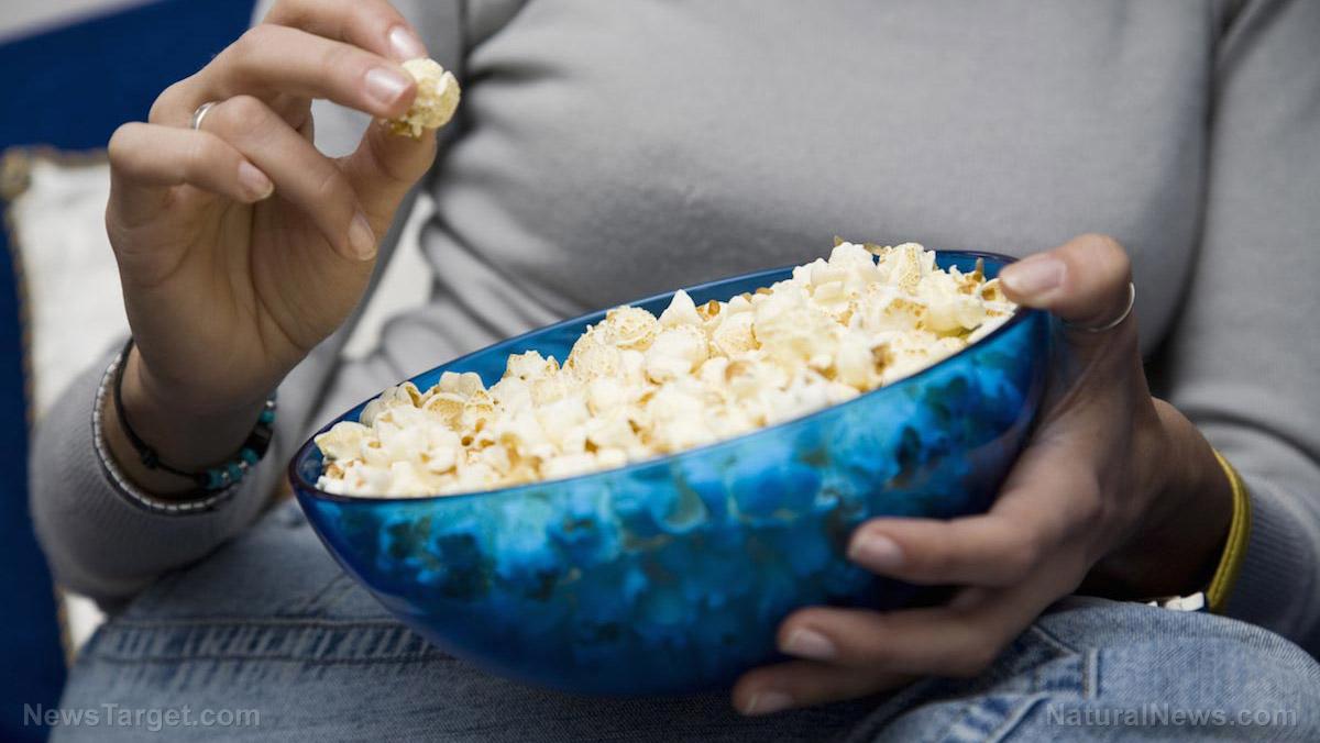Image: The hidden health dangers of microwave popcorn