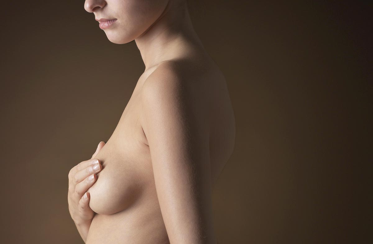 Image: Two deaths and 23 cases of rare cancer in the U.K. linked to controversial textured breast implants