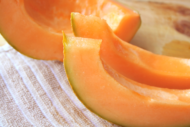 Image: 16 Reasons to eat cantaloupe this summer