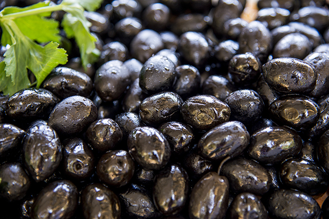 Black Olives 4 - What to Avoid to Maintain a Healthy Liver