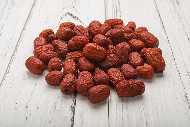 Image: A superfood most people have never heard of: Jujube fruit programs cancer cells to kill themselves