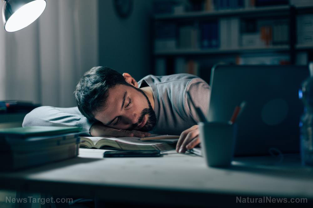 Image: The profound effect working night shifts can have on your body
