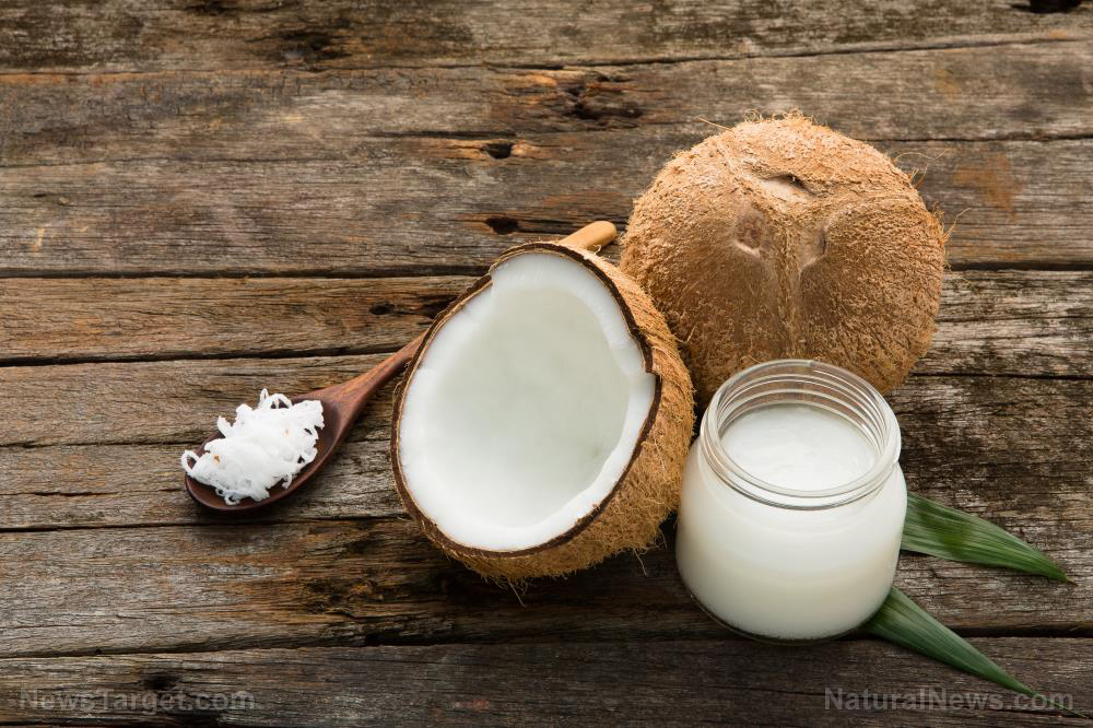 Image: Coconut oil is a SUPERFOOD: Studies show it can offer unique benefits to your brain