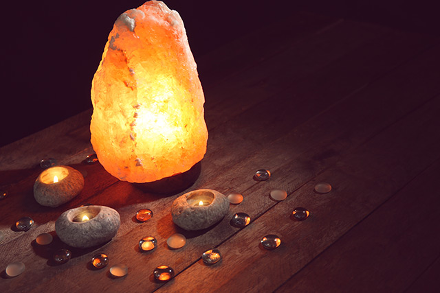 Image: Why every home should have a Himalayan salt lamp