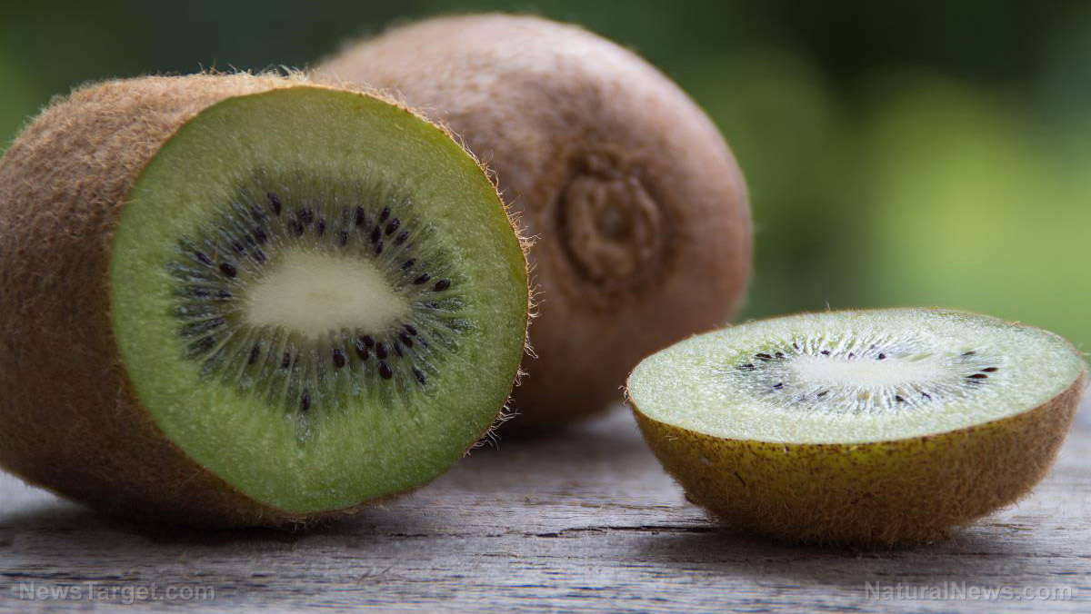 Image: Kiwis can safely and naturally ease chronic constipation