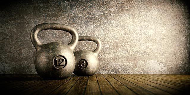 Image: Swing it! 5 Benefits to get you started with kettlebell training (plus, how to properly pull off a great swing)