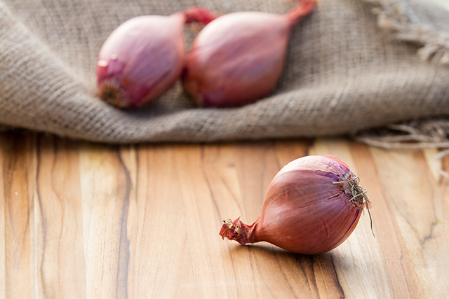 Image: A powerful antioxidant and anti-inflammatory, shallots are full of flavonols that fight disease