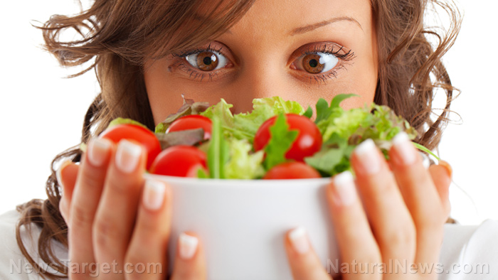 Image: Are prewashed and packaged salad greens as good as making it yourself? A nutritional review