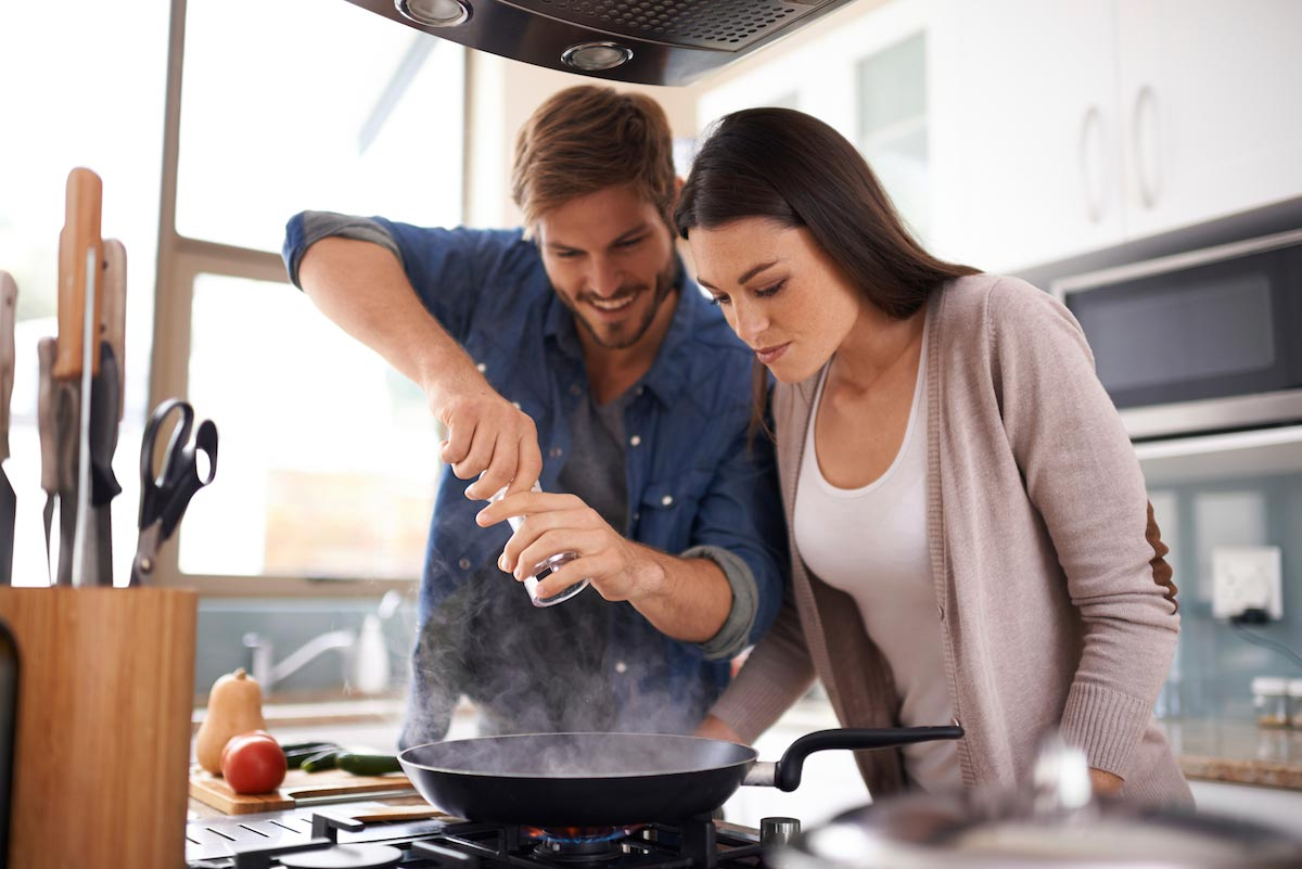 Image: Couples who cook together stay together