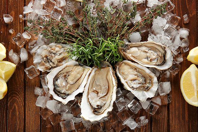 Image: Around 12,000 Britons are being poisoned every year from contaminated oysters