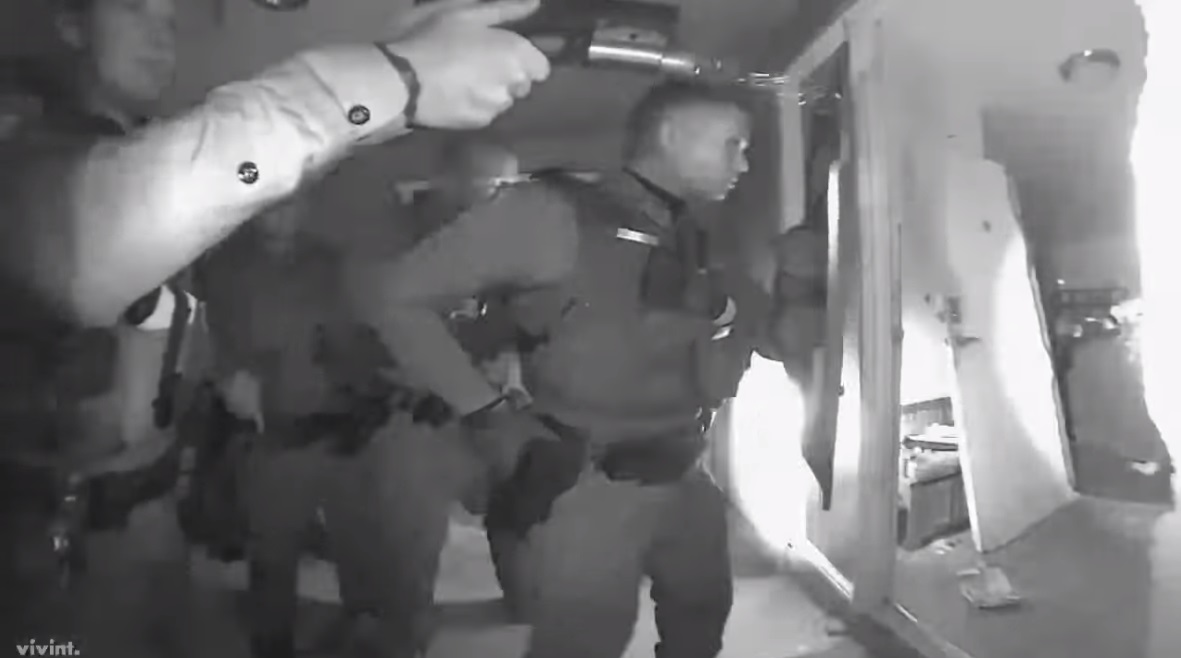 Image: Arizona SWAT team smashes door, raids mother's home at gunpoint over child having a fever… medical tyranny gone wild in the USA