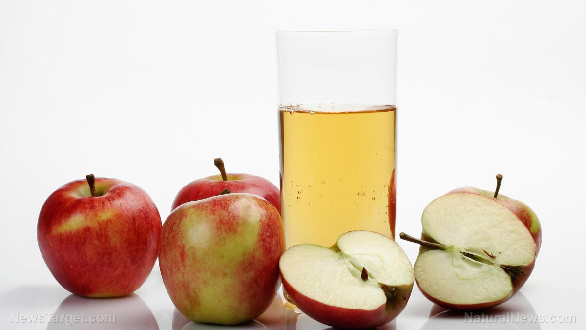 Image: Here's why you should avoid drinking apple juice if you have acid reflux