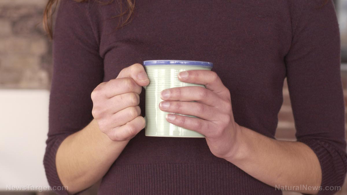 Image: Lead and cadmium can contaminate your beverages from microwave-heated ceramic cups, reveals study