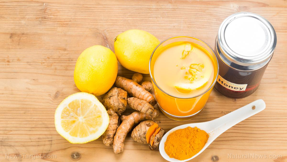 Turmeric-Roots-Lemon-Honey-Drinks-Powerful Love the MANY health benefits of turmeric but turned off by its strong flavor? Here are some foods that make it taste better [your]NEWS