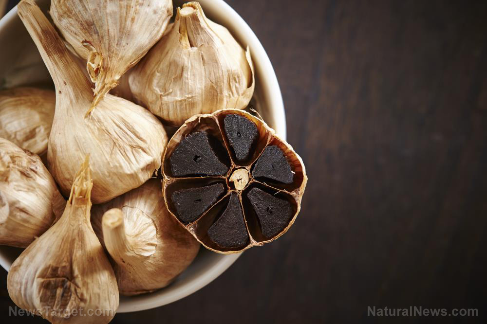 Image: Taking aged garlic daily reduces your risk of cancer, researchers find