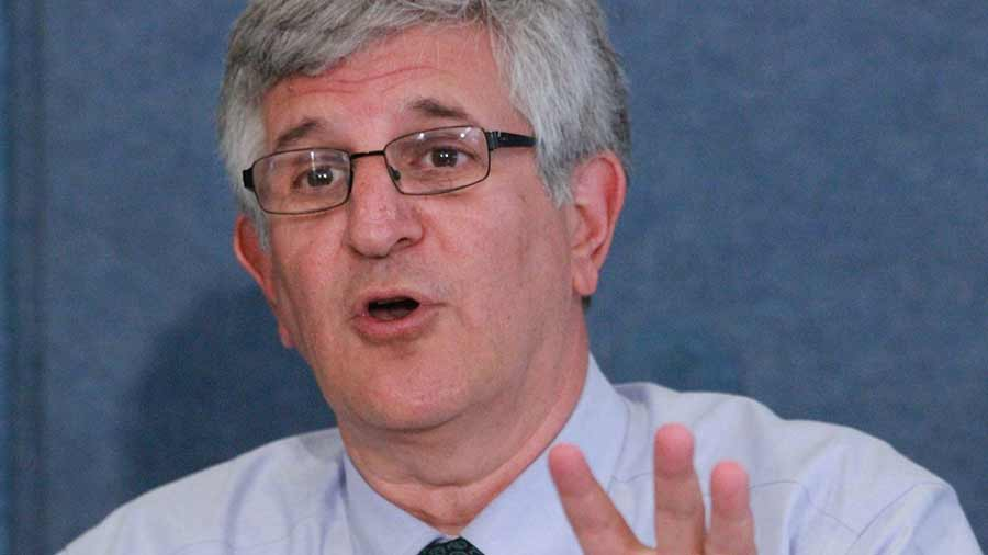 Image: Pharma hack Paul Offit accidentally admits that the FDA's process for licensing vaccines is fraudulent
