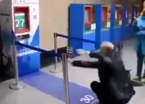 Image: We need this in America: Machine hands out free subway tickets to anyone willing to perform 30 squats