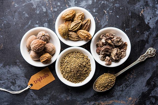 Image: Behind the scenes: Chebulinic acid, an active ingredient of popular Ayurvedic medicine triphala, has anti-tumor properties