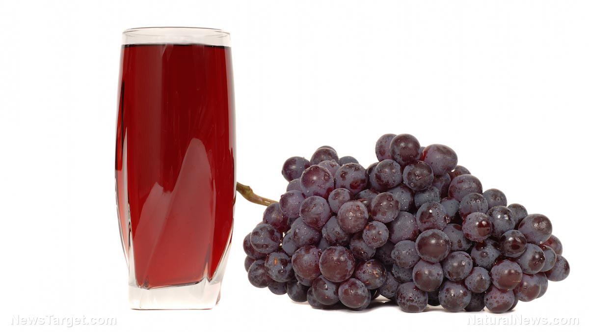 Image: Grape juice can increase antioxidant intake without causing high blood sugar or uric acid