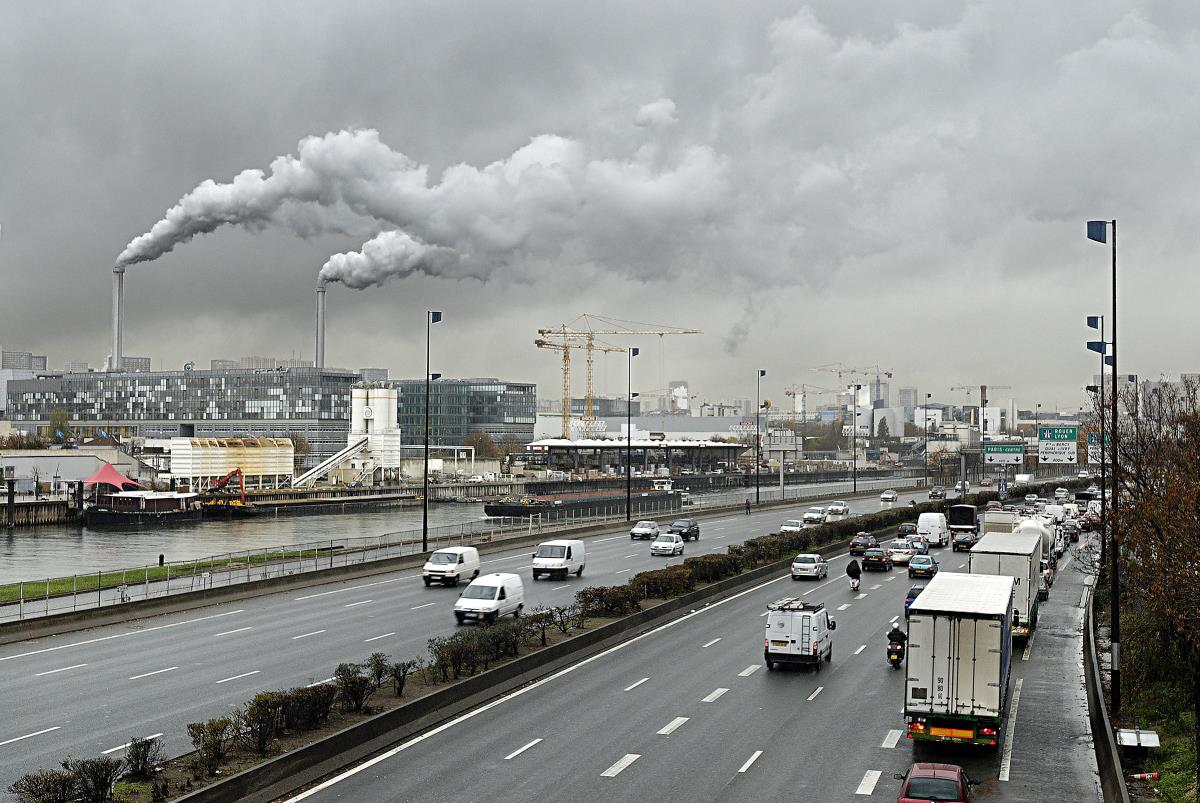 Image: Science-illiterate Seattle Times claims carbon MONOXIDE causes plants to produce more pollen, which is why climate change is bad… huh?