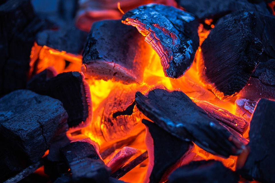 Image: DIY prepper guides: How to make homemade charcoal