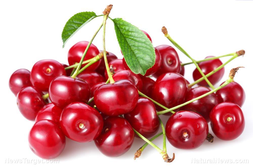 Tart cherry supplements and juice can help lower heart disease and Type 2 diabetes risk, advise researchers