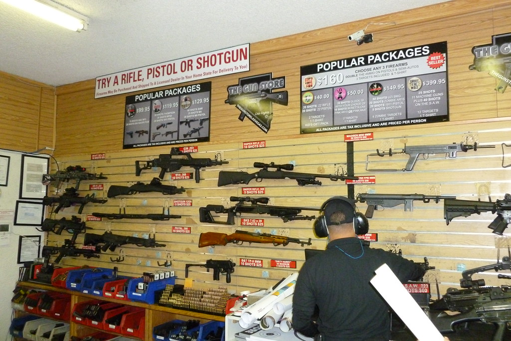 Image: Gun stores ordered to close as LA county continues to grapple with the coronavirus pandemic