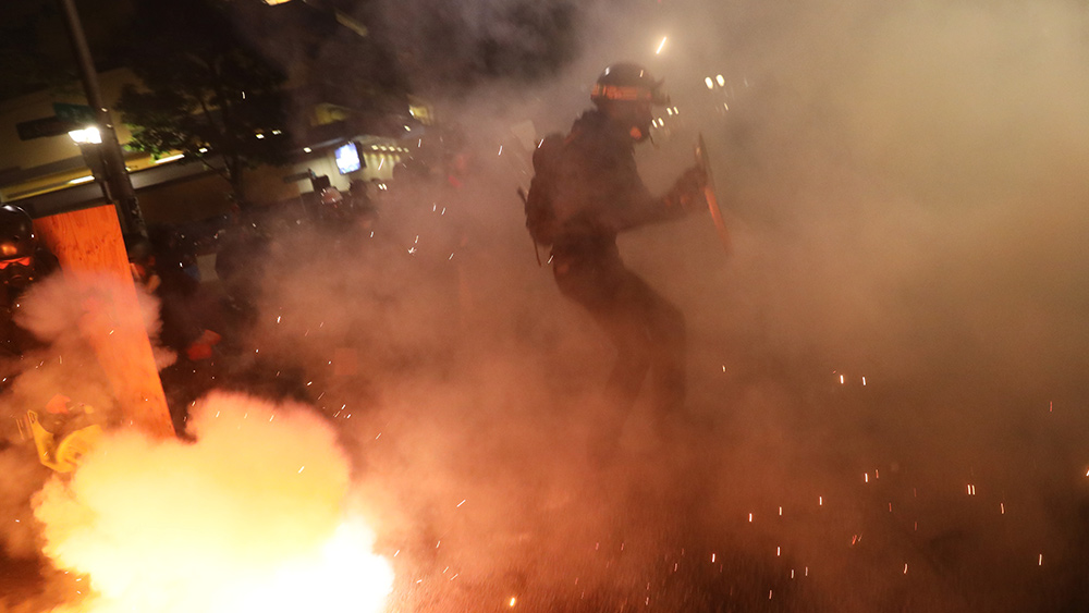 Image: Seattle police officers subjected to hail of explosives during Antifa, BLM riots