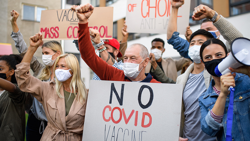 Image: Vaccine mandate in Ecuador province defeated by health freedom organization