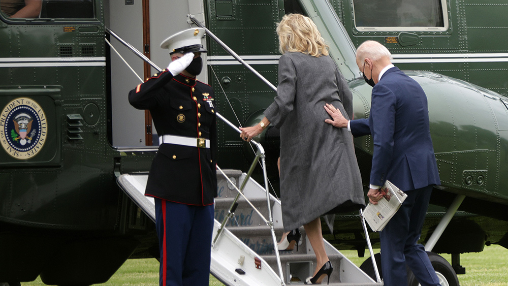 Image: Impeachable! Biden abandoning thousands of Americans in Afghanistan as he takes Afghani citizens out ahead of our own